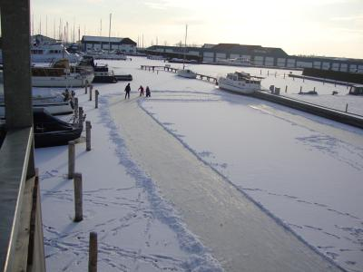 Jachthaven in de winter 1